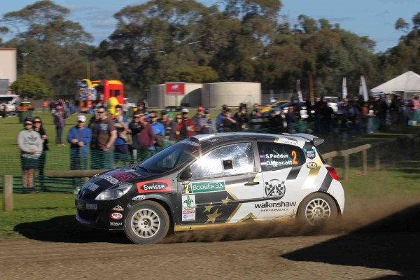 Scott Pedder and Dale Moscatt navigate the Gawler Showgrounds